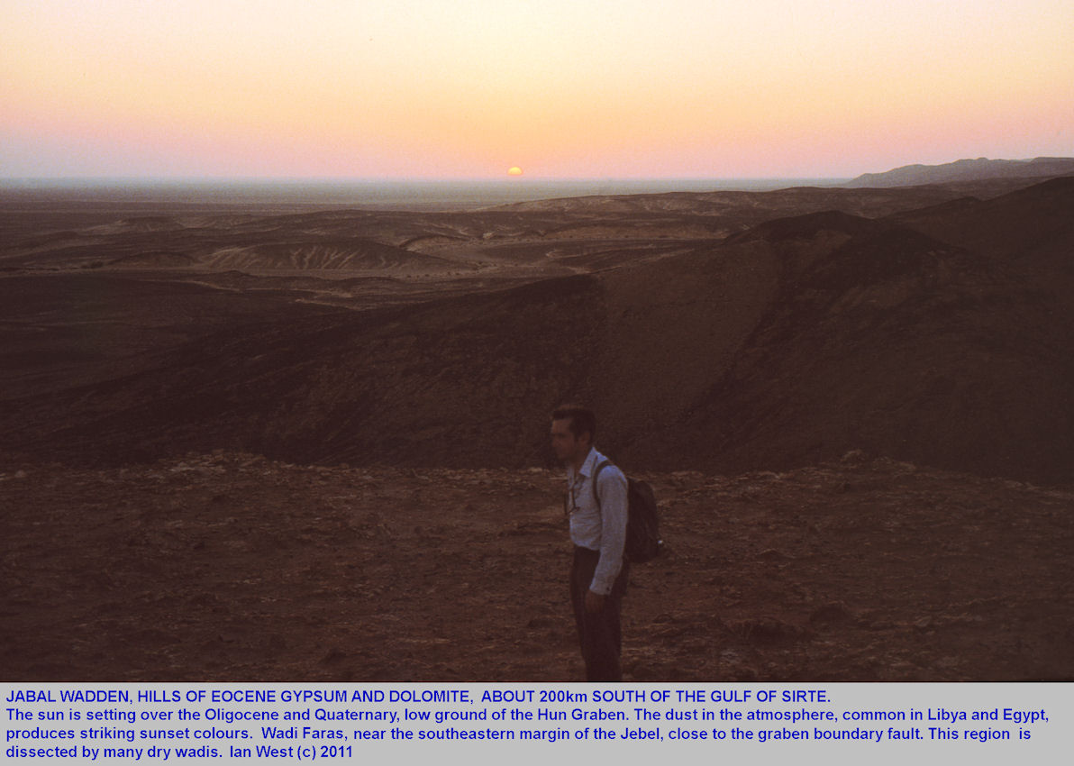 Sunset at Wadi Faras, Tertiary evaporite locality, Libya