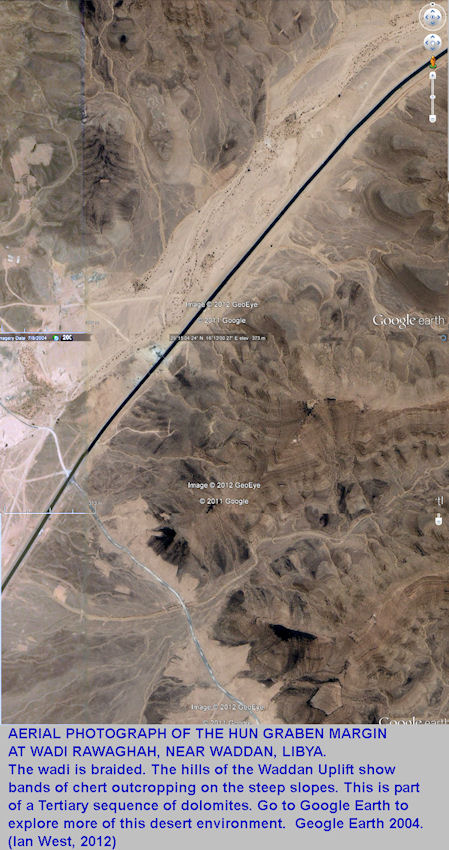 the Wadi Rawaghah area, Hun Graben, Libya, aerial photograph