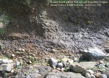 Raised beach pebble bed near Devil's Churn at Cape Perpetua, Oregon