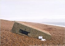 WWW2 Gun emplacement, Chesil Beach, Abbotsbury, 18.10.00